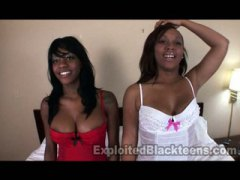 2 Ebony Teens in Amateur Threesome Video