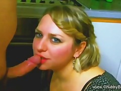 Big and beautiful housewife does a de...