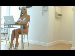 Keez Movies - You need a lot of lube when you are trying to fit into Jayna Oso