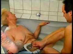 blond, blowjob, cumshot, deutsch, granny, reif, dreier, finger