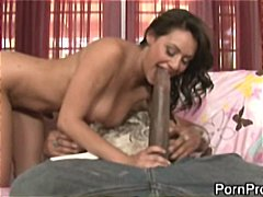 Brunette bitch shows her skill in tic...