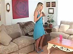 Leah Luv Getting Fisted By Girlfriend