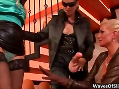 H2porn - Tarra White fucking her two hot blonde