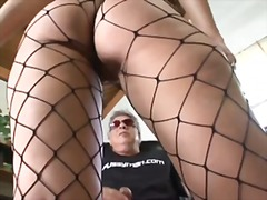 Luscious lopez facesitting and footjob