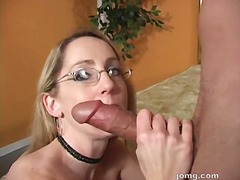 Nerdy looking lori lust gets her mout...
