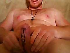 Skype Show, guy jerking his meat at home
