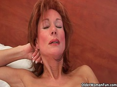 Sultry grandma probes her old pussy w...