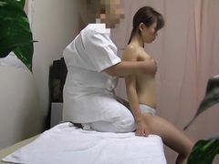 Dirty masseur fucking Chinese cunt on...