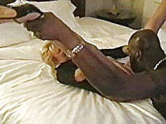 Spycam wife black fucked in hotel room