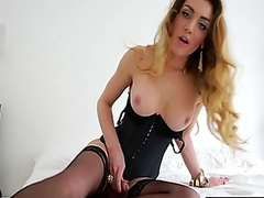Vporn - Solo shemale cums all over her corset
