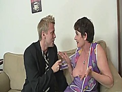 Keez Movies - Old mom spreads legs for young cock