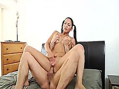 Xhamster - Beautiful girls with very beautiful feet. a.l.