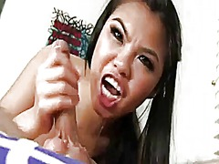 Cindy saigon-lickin,suckin and gag me...