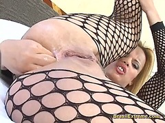 Latina blondes and brunettes in fishn...