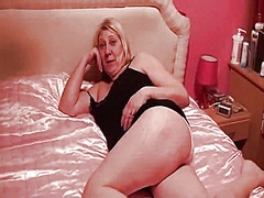Marvelous england wife mother i'd like to fuck sexy homemade episode..have a fun allies