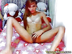 Cute tranny babe jerking off and unlo...